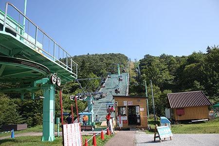 茶臼山高原リフト乗り場
