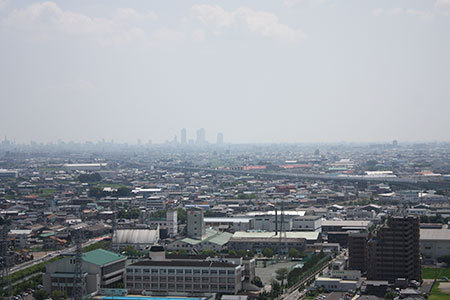 小牧城からの名古屋の眺め