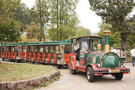 SL機関車のバス