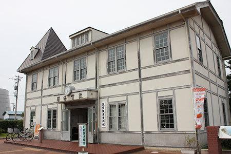 旧敦賀港駅舎