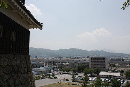 上田城からの上田市の眺め
