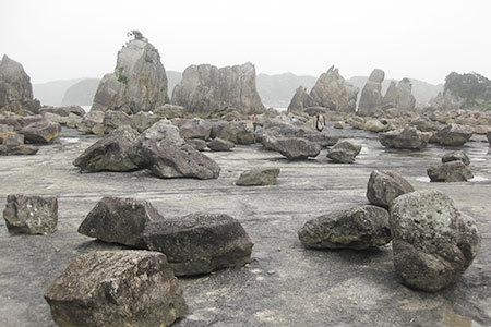 和歌山県奇岩橋杭岩